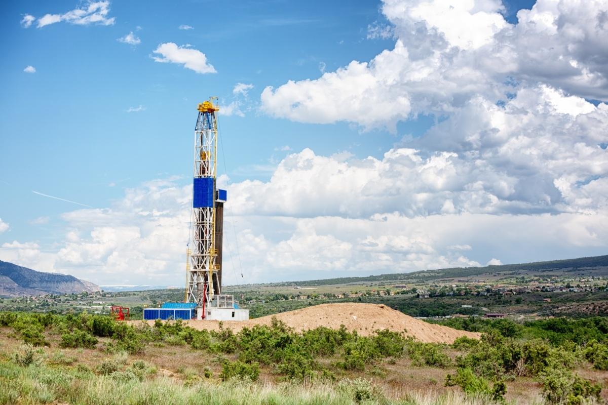 frack_drilling_rig