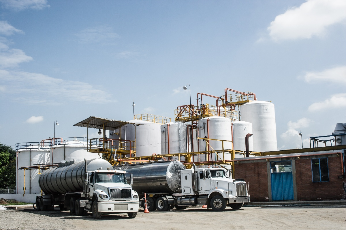 iStock-178642885 - Chemical Storage Tank And Tanker Truck-1
