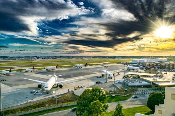 aircraft-atlanta-international-airport