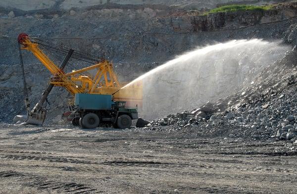 hydromonitor-mining-site