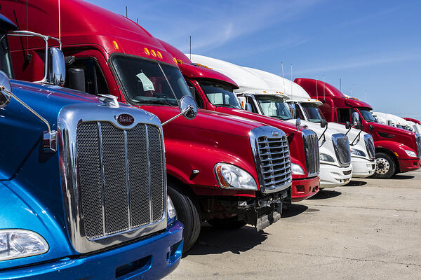 semi-tractor-trailer-trucks-lined-up